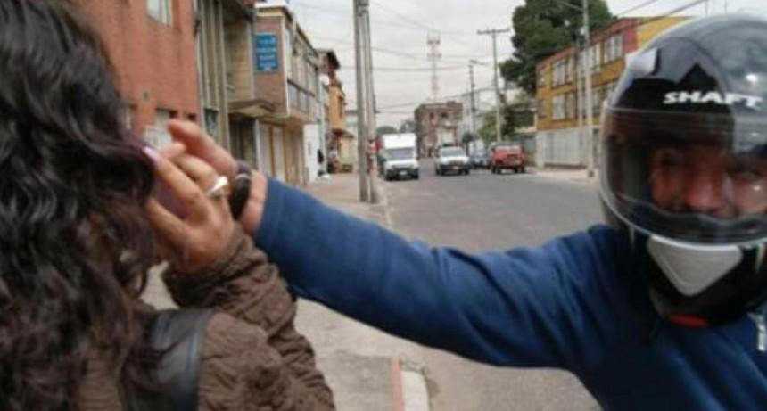 UNA MUJER DEBIÓ SER HOSPITALIZADA LUEGO DE UN ARREBATO