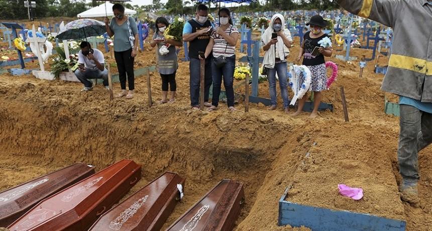 UN NUEVO RECORD DE MUERTES POR CORONAVIRUS EN BRASIL