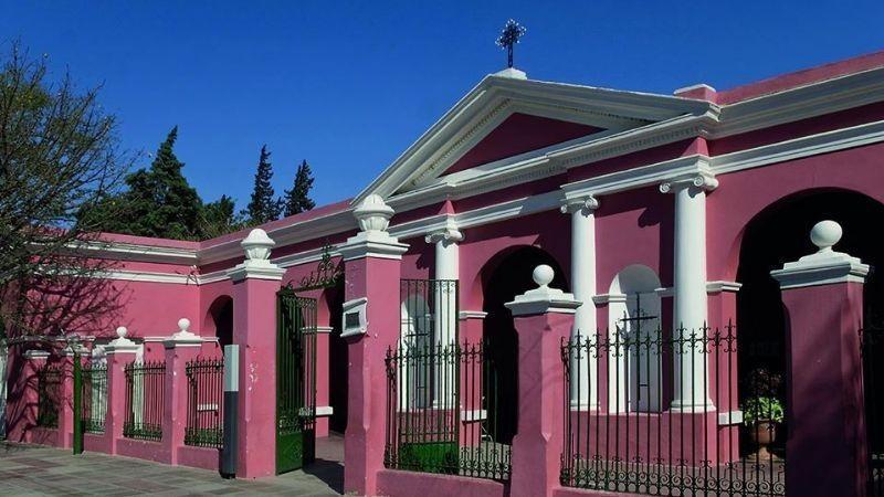 VISITAS AL CEMENTERIO POR EL DIA DE LOS FIELES DIFUNTOS
