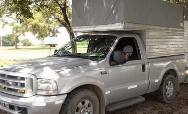 Robaron camioneta en Valle Viejo